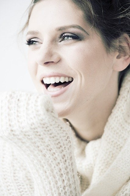 lady with a beautiful confident smile